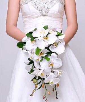hoa cầm tay cô dâu 18