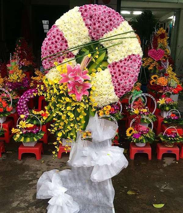 vòng hoa tang lễ quận 11