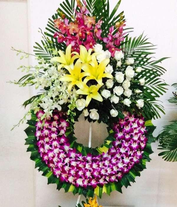 vòng hoa tang lễ quận 7