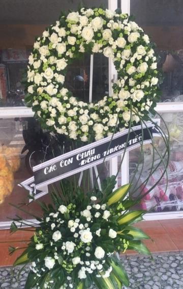 vòng hoa tang lễ bến tre