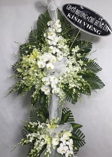 vòng hoa tang lễ huế