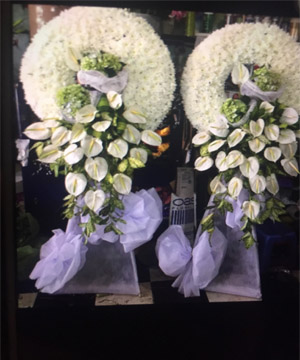 vòng hoa tang lễ tại tphcm