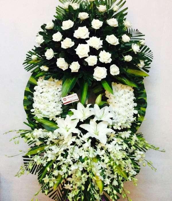 vòng hoa lễ tang