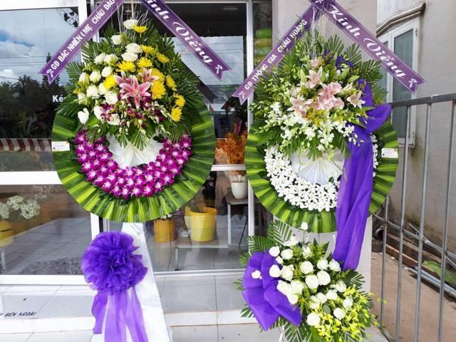 vòng hoa tang lễ bình thạnh