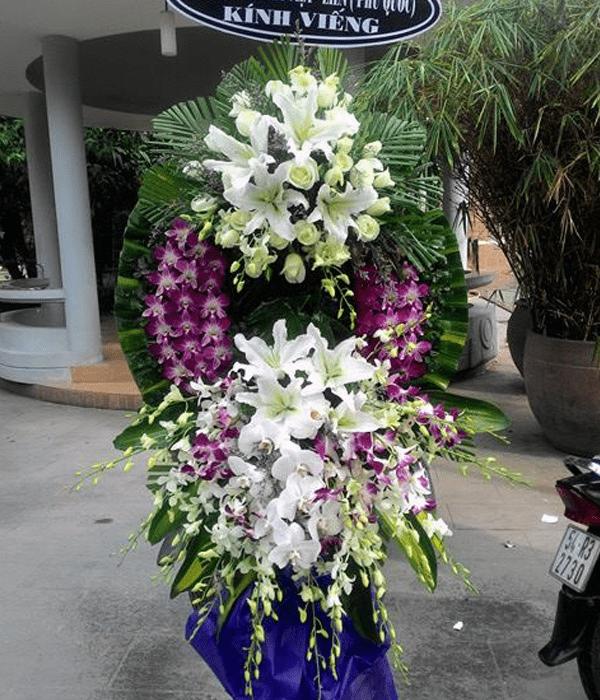 vòng hoa tang lễ thủ đức