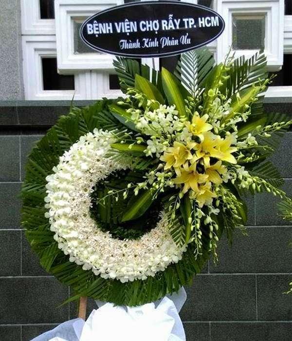 lẵng hoa viếng đám tang quận 3